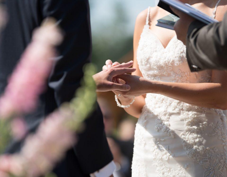 Ślub w plenerze formalności
