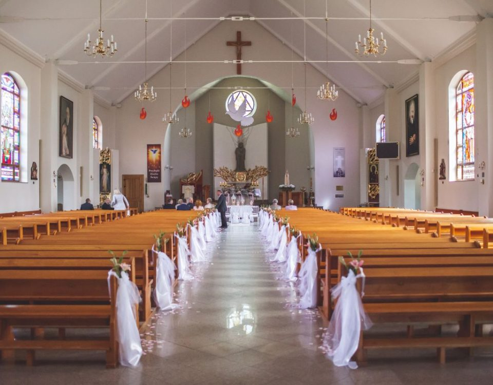 Strojenie kościoła na ślub Warszawa