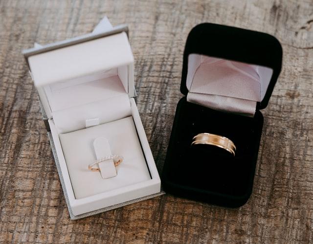 Jaką biżuterię ślubną wybrać